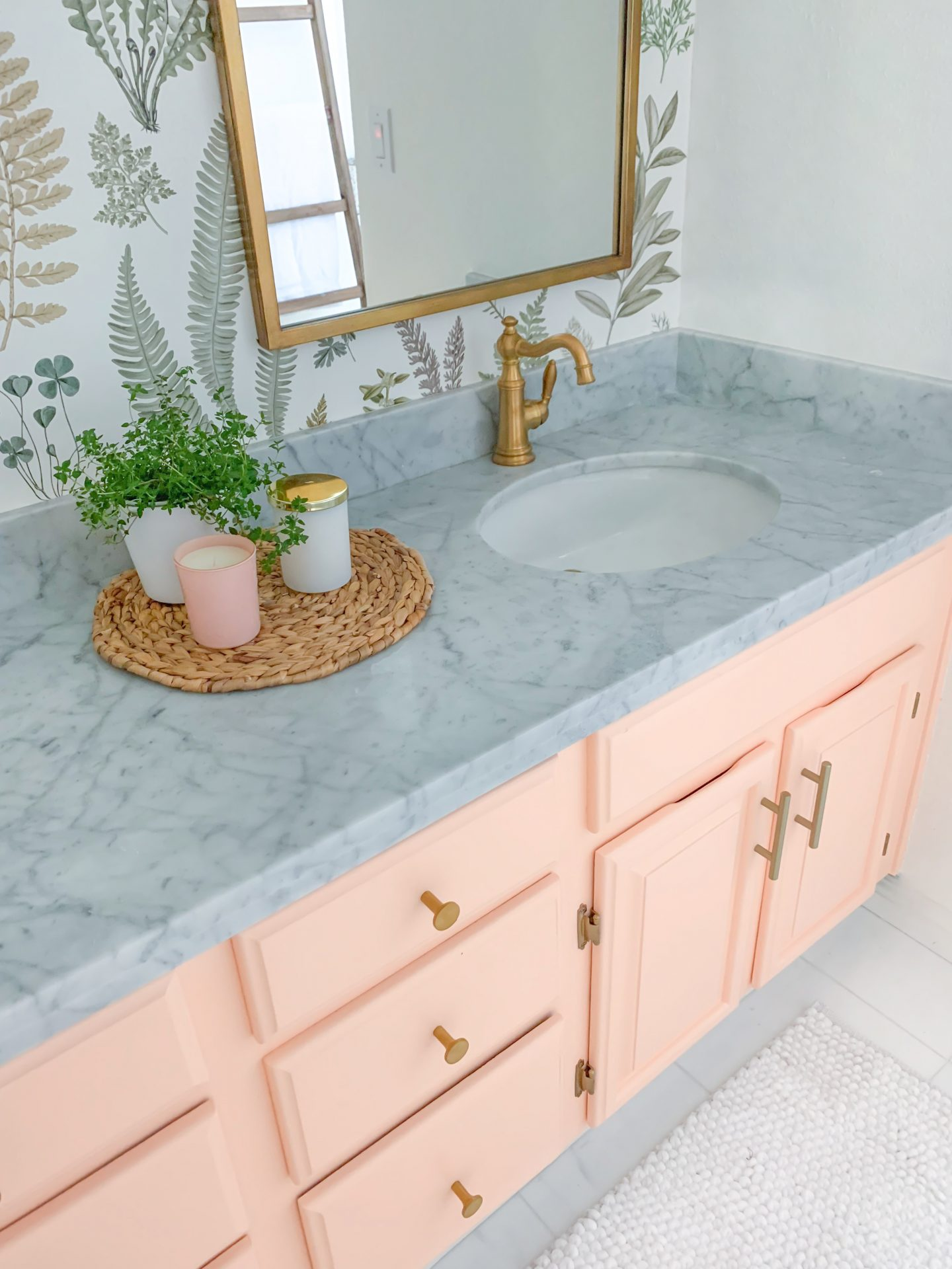 Wayfair floral bathroom decor featured by top US life and style blog, Lombard and Fifth
