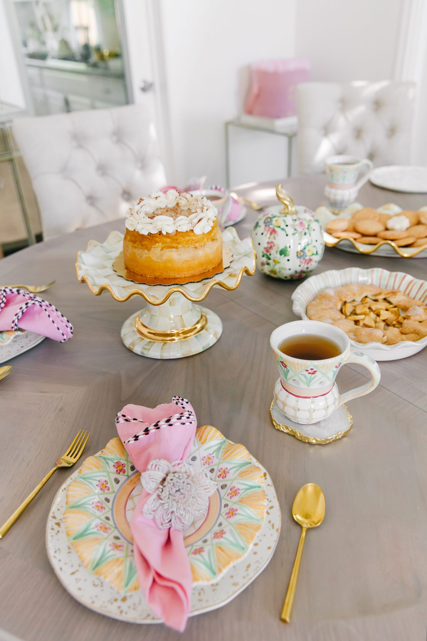 Top San Francisco fashion blog, Lombard and Fifth, is prepping for Fall with MacKenzie Childs! Check out this new whimsical MacKenzie Childs collection!