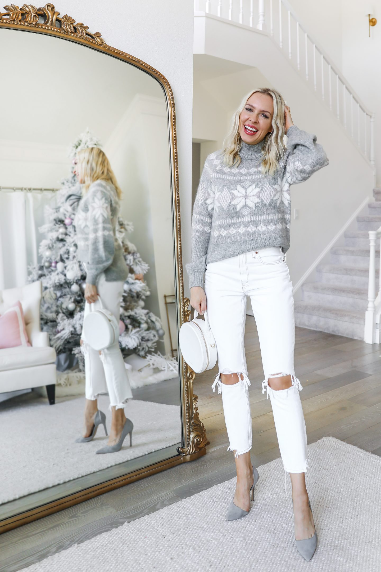 Abercrombie cozy knit pieces styled 5 ways for winter, featured by top San Francisco fashion blogger Lombard and Fifth.