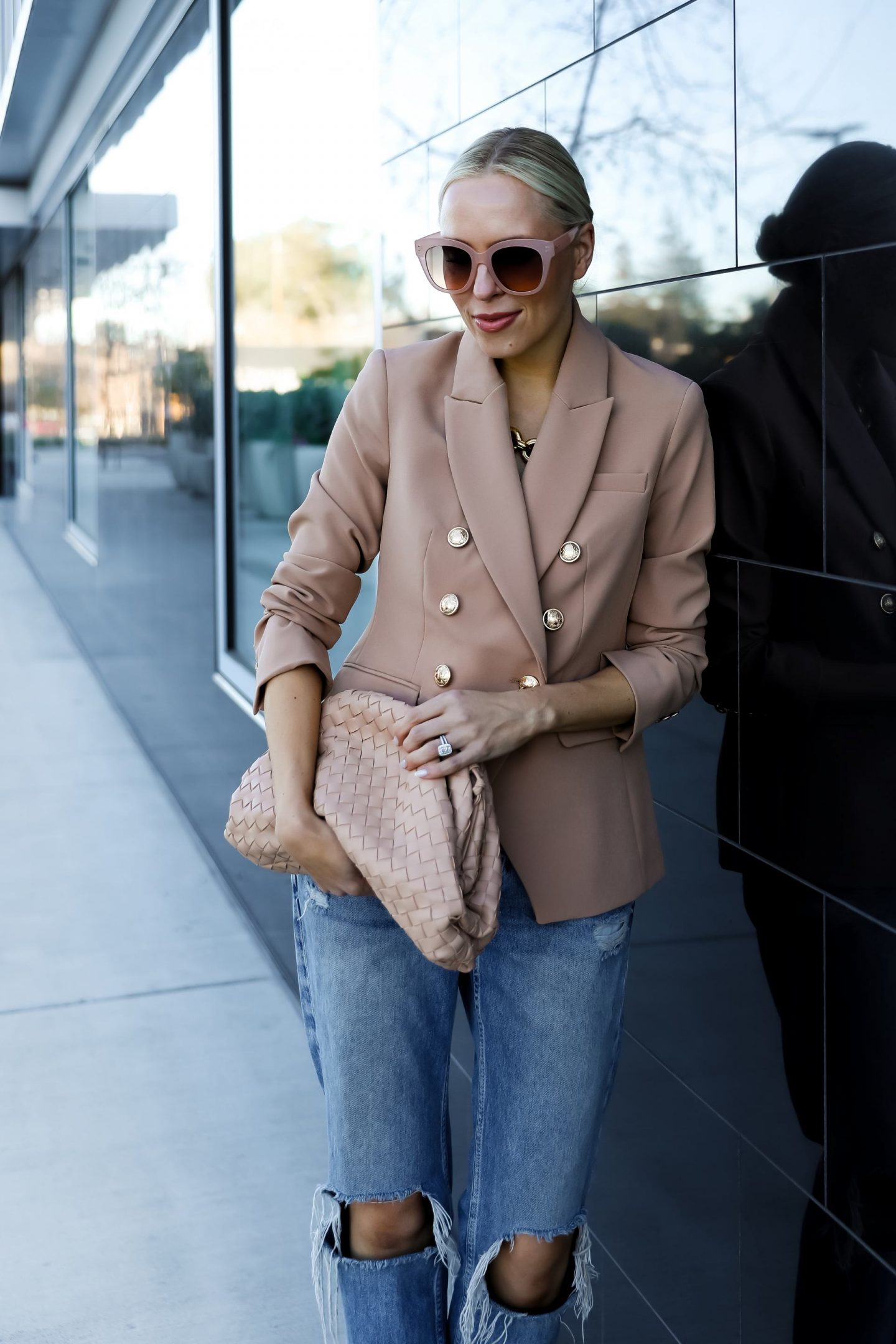 Best blazers round up, styling ideas. By fashion blogger Lombard & Fifth.