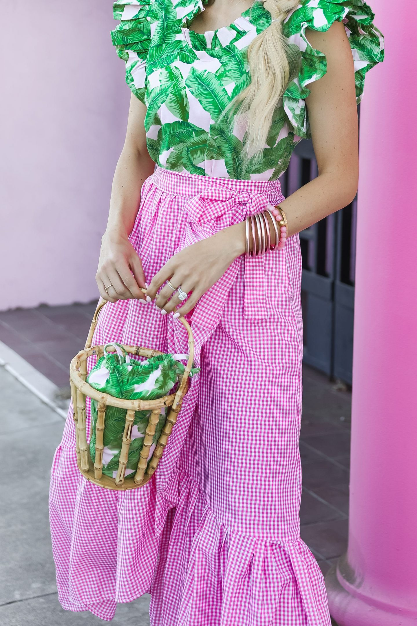 Small business spotlight on The Tiny Tassel, a black owned business. Feminine colorful style, hand crafted accessories and clothing. By Lombard and Fifth Veronica Levy.
